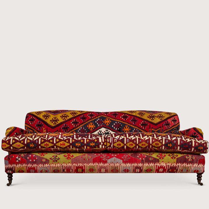 84″ Medium Signature Sofa Standard Arm