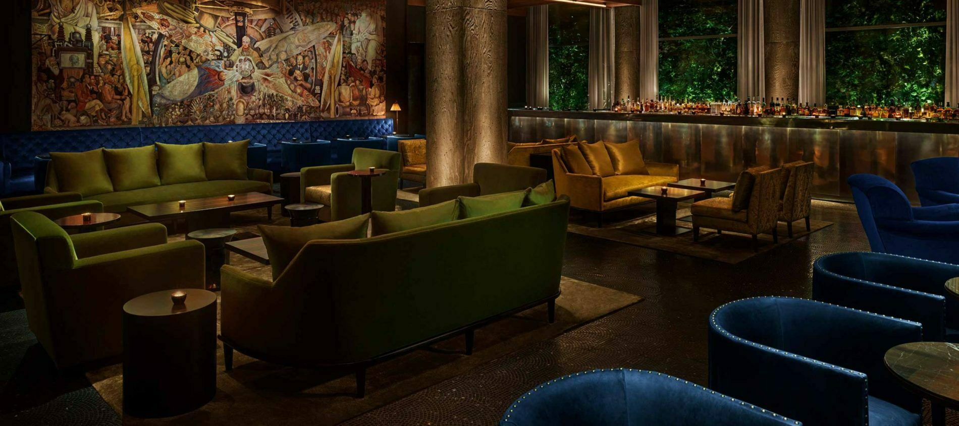 Diegos Bar in PUBLIC Hotel with green and yellow Sofas and Chairs