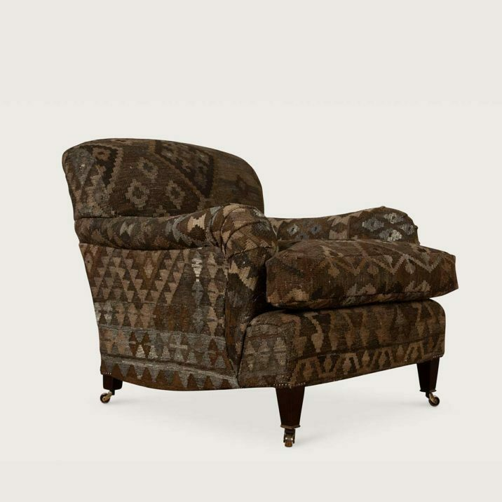 Standard Arm Signature Chair